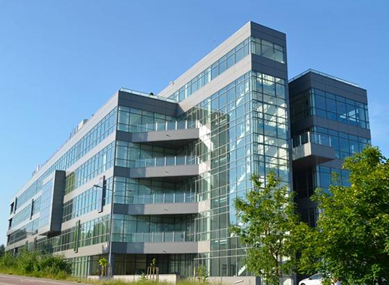 Budynek biurowy w Nowej Dębie